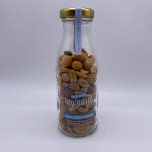 MyNüssle Gesalzener Nussmix in der Mehrweg Pfandflasche